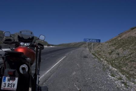 40 Let Kyrgyzstan Pass 3.550 m