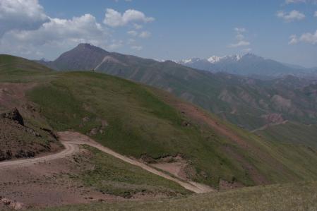 Kara-Keche Ashuu Pass 3.384 m