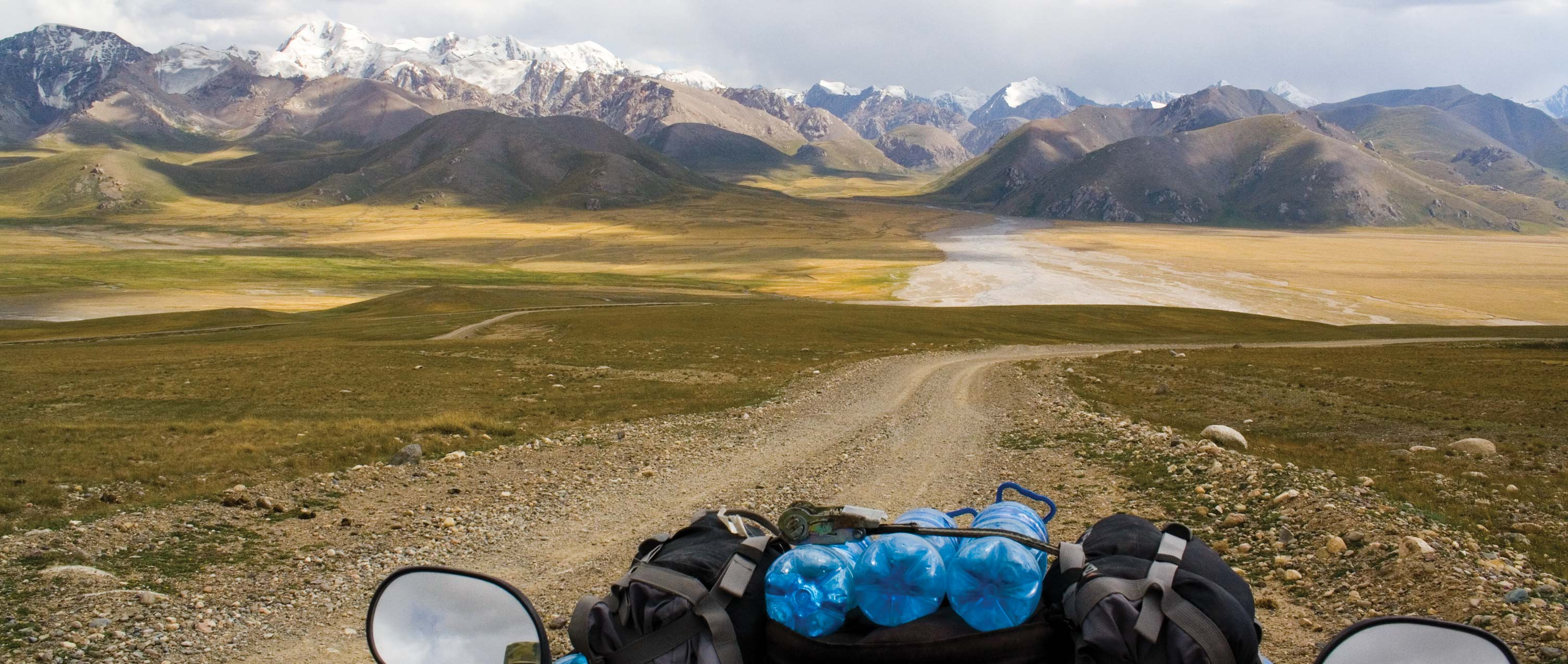 Off-road ATV tour - Motorcycle tour from Kirgistan in the Taklamakan desert